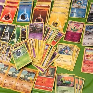 Lot of 130+ Pokémon cards ~ mostly newer cards